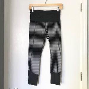 Lululemon Runday Crop B&W Striped NWOT